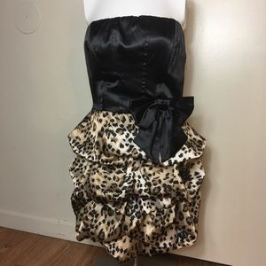 Speechless women's Dress Cheetah Print Sz 11